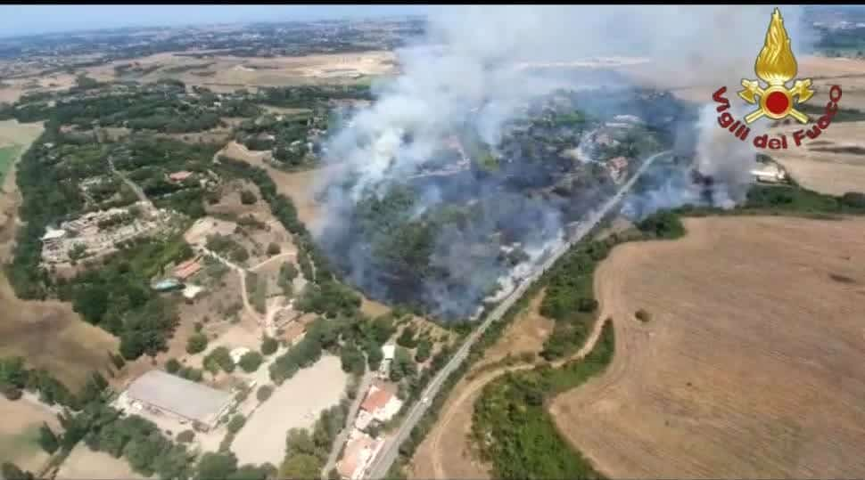 Incendio via Castel di Guido 2-2
