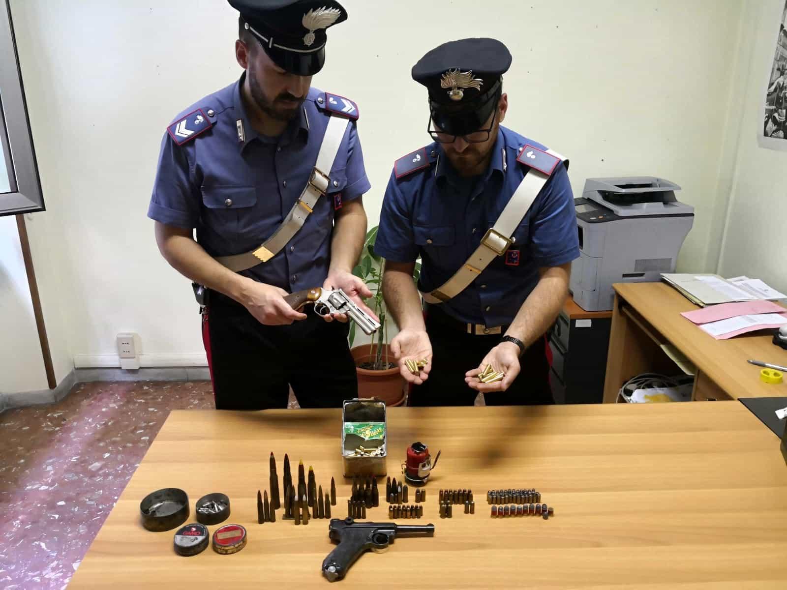 Le armi sequestrate dai Carabinieri (2) (1)-2