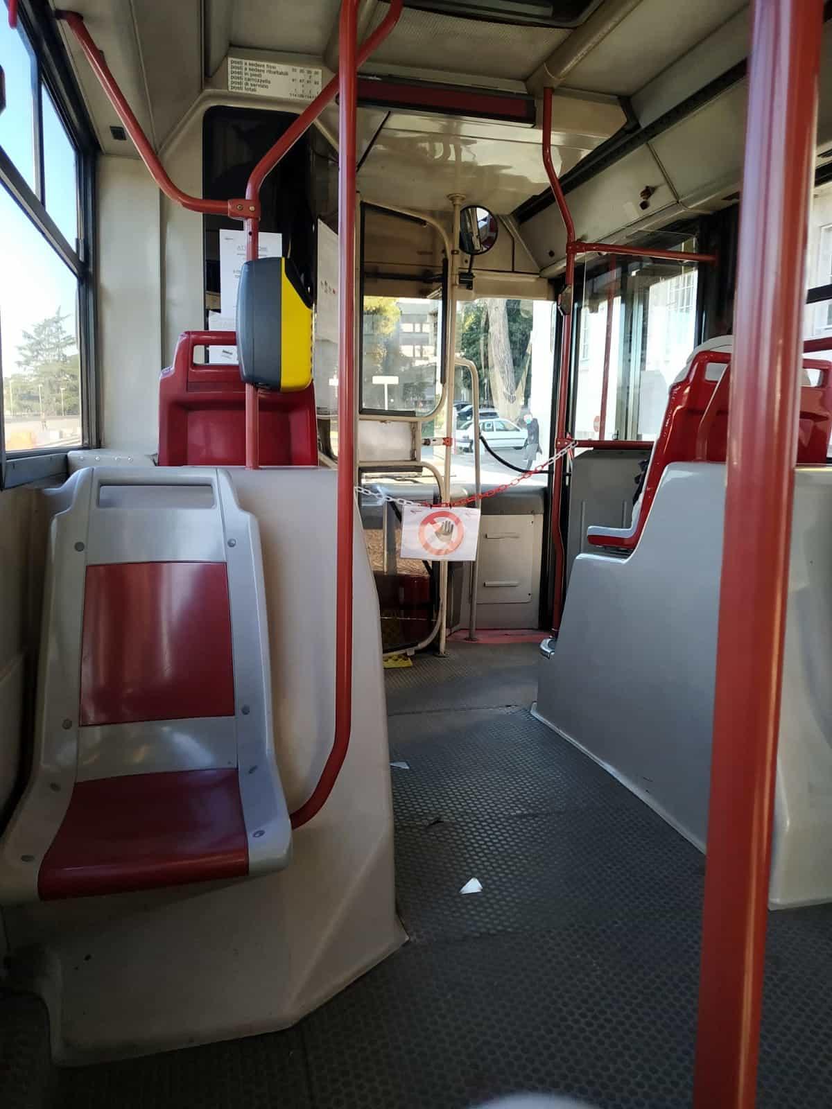 autobus vuoto-2