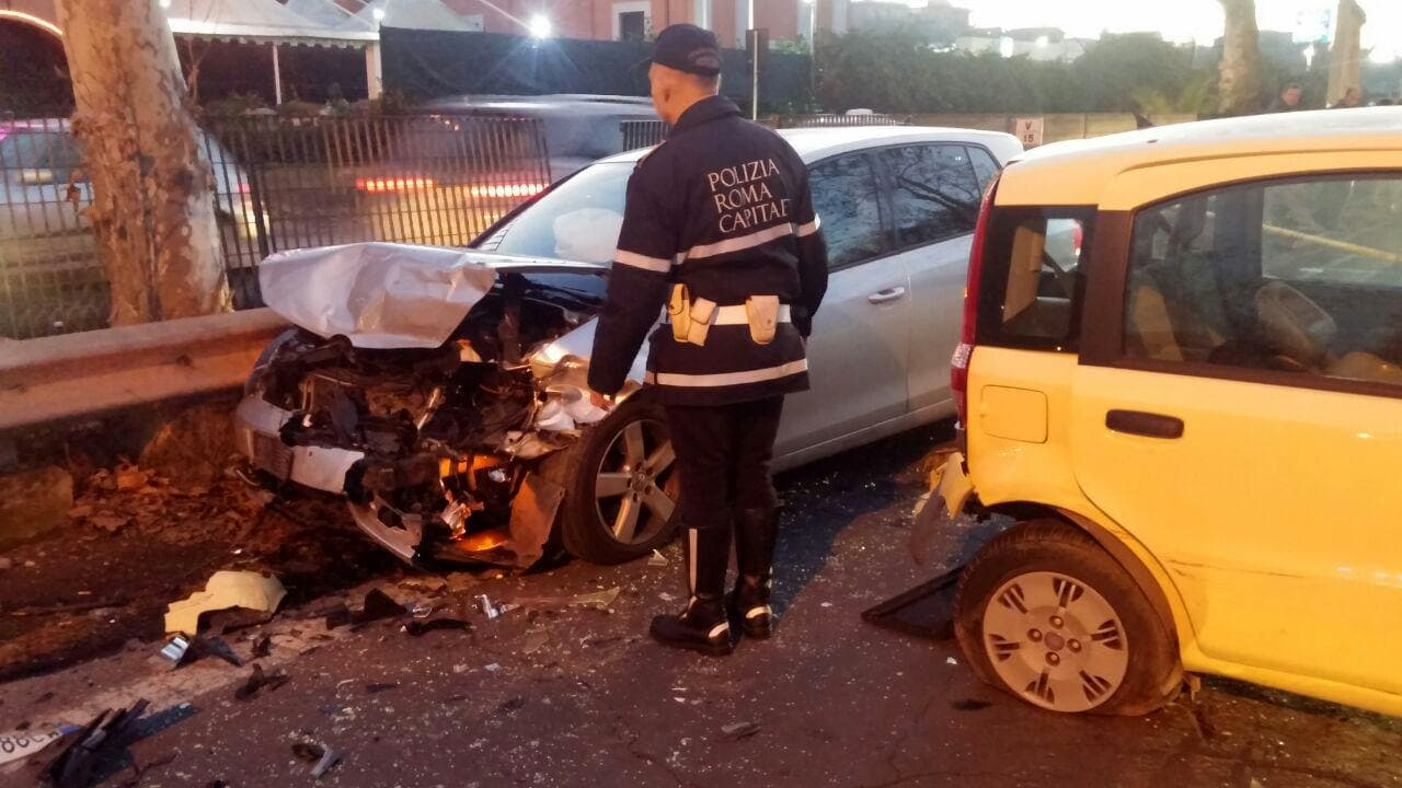 incidente via del mare2-3