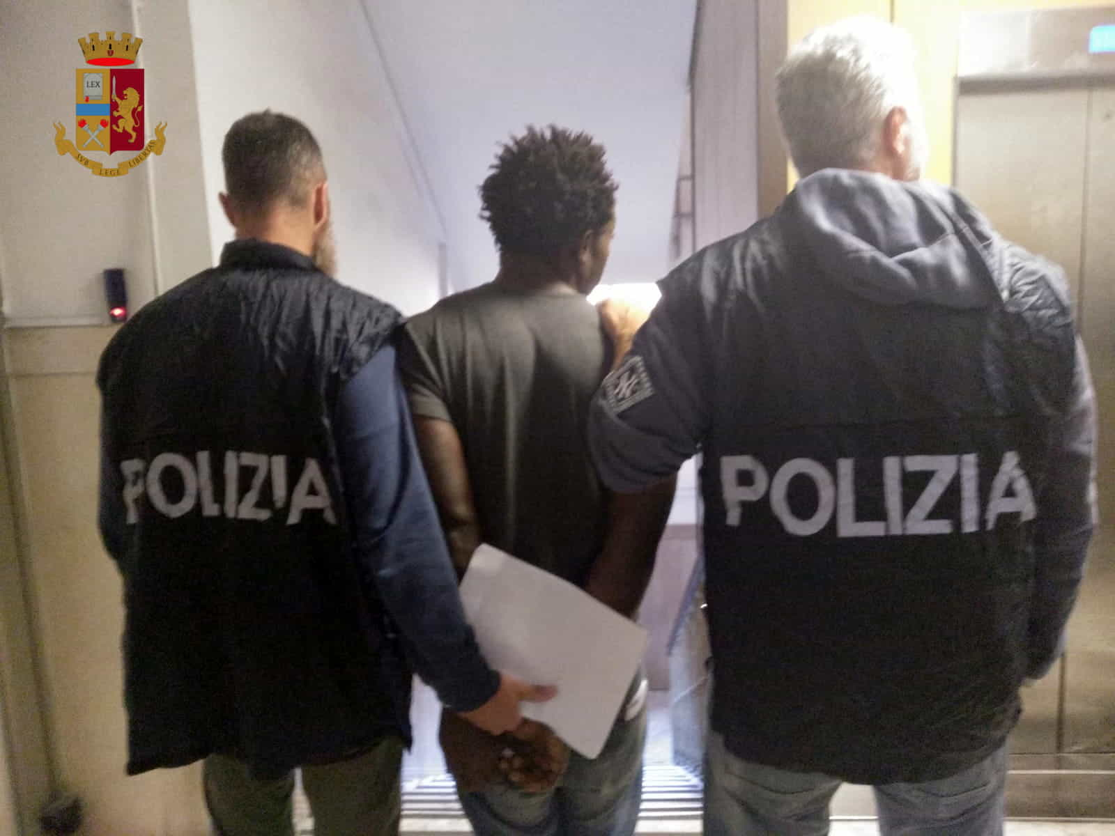 Polizia-18-10
