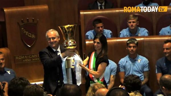 """Raggi premia la Lazio per la vittoria della Coppa Italia: """"Orgoglio per tutta la città di Roma"""""""
