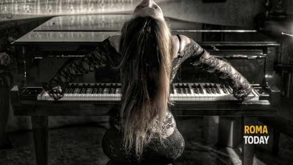 Licia Missori, la magia del pianoforte al teatro Il Cantiere