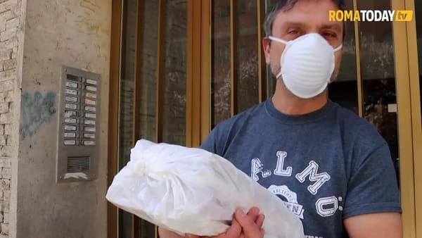 VIDEO   Il volontariato corre su una ruota, ecco come libri e quaderni tornano a casa dei romani dopo il lockdown