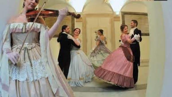 Scene da un Ballo a Palazzo