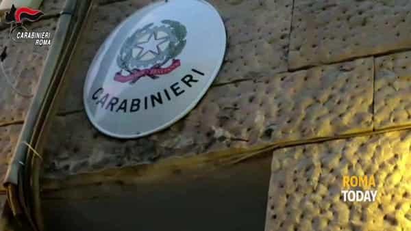 VIDEO | Spaccio al Serpentone, blitz dei carabinieri al Corviale. Le immagini