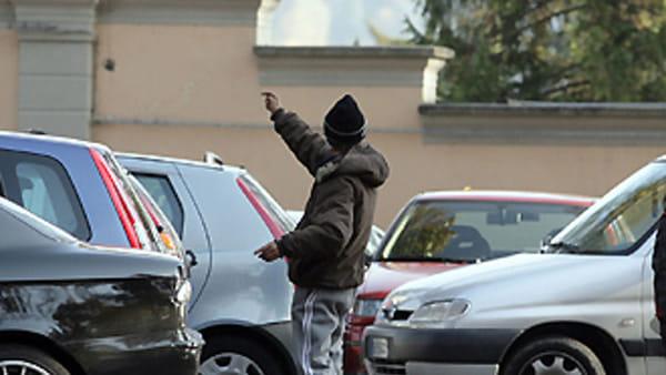 Ostiense: parcheggiatore abusivo minaccia donna
