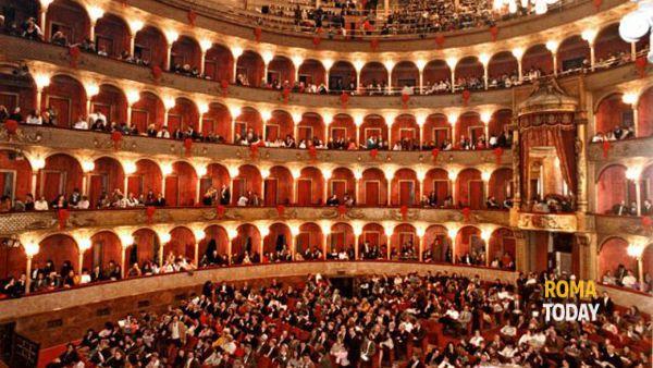 Da Valentino a Sofia Coppola per la Traviata al Teatro dell'Opera