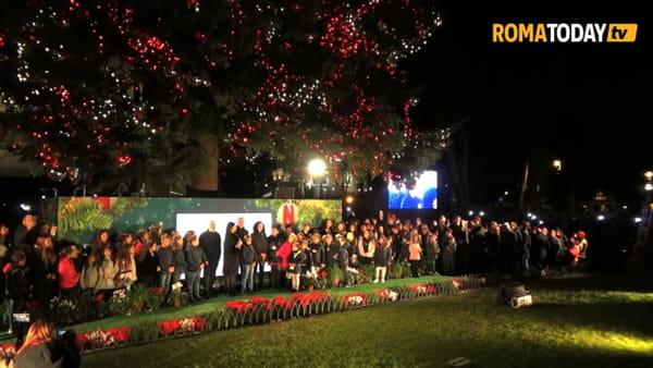 VIDEO |  Il Natale arriva a Roma, luci accese all'albero di piazza Venezia e via del Corso