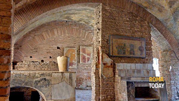 Crociera sul Tevere e visita guidata a Ostia Antica