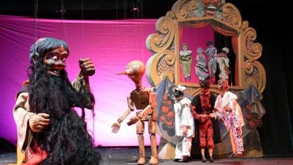 L'albero amico: il teatro delle marionette a Ostia