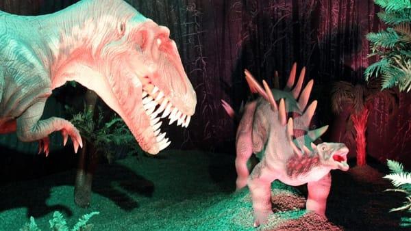 Dinosaur Invasion: la mostra viaggio nell'era giurassica