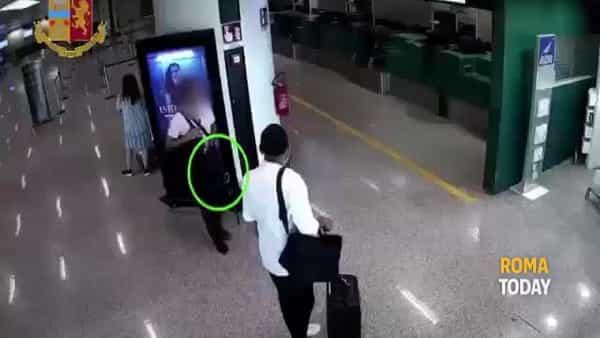 VIDEO | La banda dei pendolari del crimine: le immagini dei furti