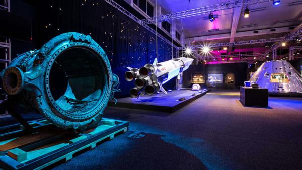"""Cosmos Discovery, razzi e asteroidi: mostra """"spaziale"""" a Roma"""