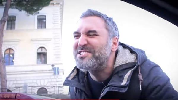 Roma, il parcheggio e le sue bellezze: la 'Bocca della verità' di Svevo Moltrasio