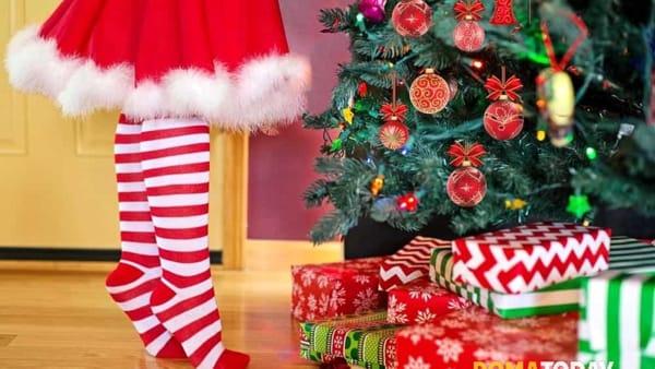 A Cinecittàdue si cerca un Elfo che aiuti Babbo Natale: contratto di lavoro da 1500 euro