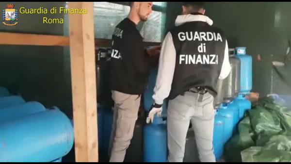 VIDEO | Traffico illegale di bombole Gpl fra il Lazio e la Campania, le immagini