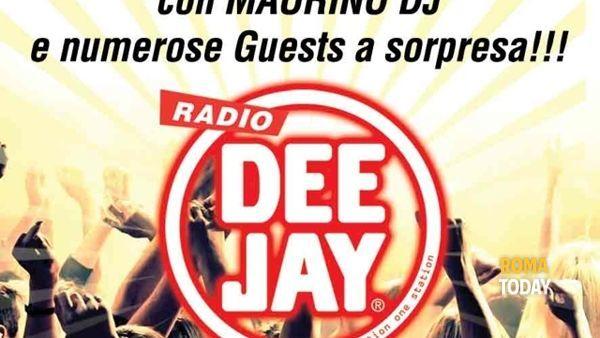 Radio DeeJay party all'Alibi