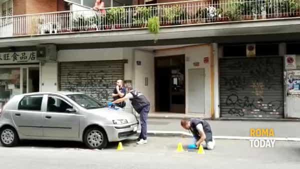 VIDEO | Spari alla Marranella, la polizia scientifica sul posto