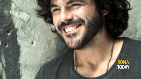 """Tempo Reale Extra Tour"", Francesco Renga all'Auditorium"