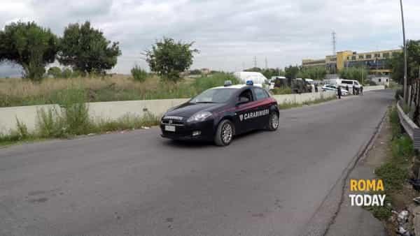 VIDEO | Controlli di Polizia Locale e Carabinieri nei campi nomadi della Capitale, le immagini