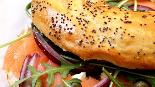 Veggie, tortilla o beef: c'è Bagel Sunday