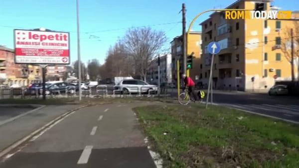 Ciclabile Togliatti, da Ponte Mammolo 'al nulla' tra ostacoli e interruzioni. Ecco perchè non la usa nessuno