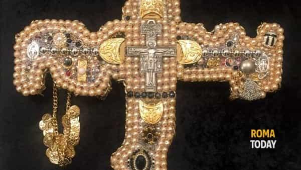 "joseph pace espone al pantheon di roma ""sacra sacrorum"", il sacro delle cose sacre-4"
