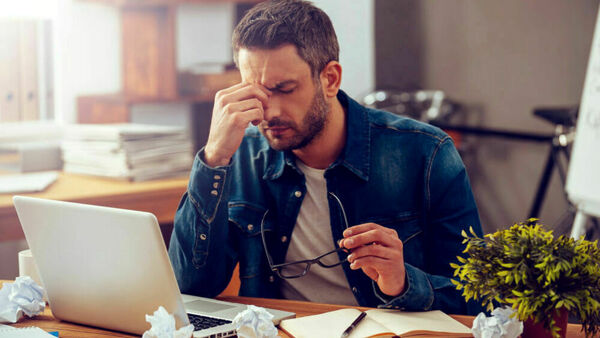 Burnout da smart working: cos'è e come combatterlo
