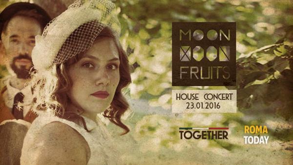 Moonfruits Live al Together