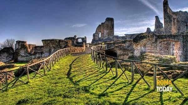 Roma Archeologica: La Villa dei Quintili (Ingresso Gratuito)