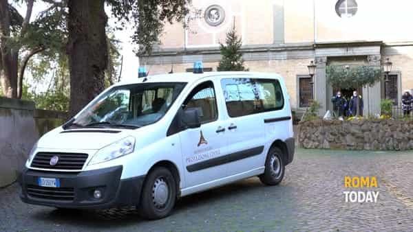 Comune di Roma, al via distribuzione di 20 mila mascherine per dipendenti comunali e operatori sociali