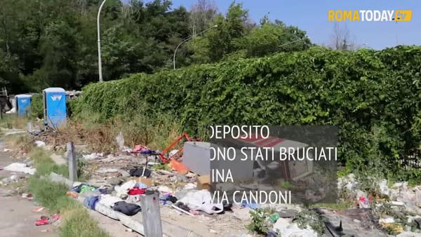 VIDEO | Salvini visita il deposito Atac, ma l'obiettivo sono i rom che vivono accanto