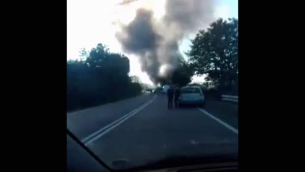 Salaria: esplosione in un distributore di benzina, due morti. Uno è un Vigile del Fuoco