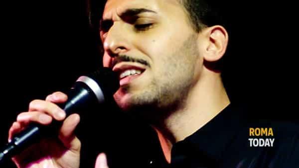 roma, luigi restivo live all'acustico club coi suoi cantoautori-4