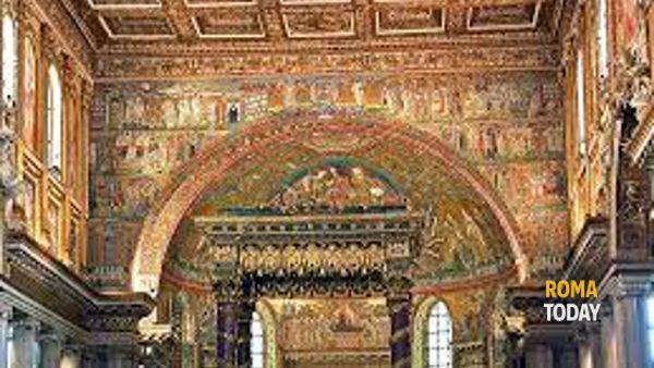 Santa Maria Maggiore: basilica e loggia delle benedizioni