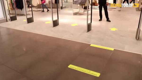 """Il ritorno nei centri commerciali: la fase 2 tra controlli e """"numero chiuso"""""""