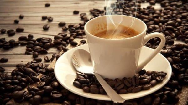Espresso, cappuccini e gelati: Fassi celebra il caffè