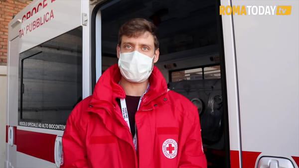 VIDEO | Coronavirus, a bordo dell'ambulanza in biocontenimento di Croce Rossa