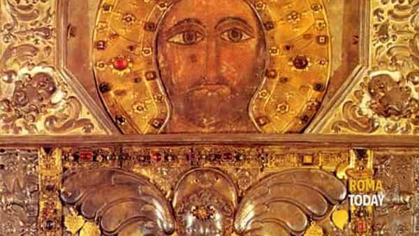 L'antica icona di Cristo Salvator Mundi e il Laterano. Una storia affascinante