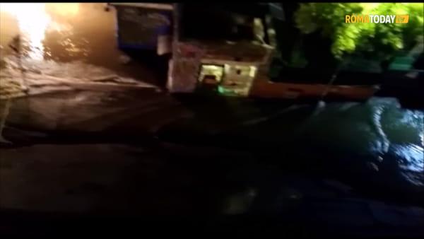 VIDEO | Boccea: si rompe una tubatura, allagata via Urbano II. Le immagini