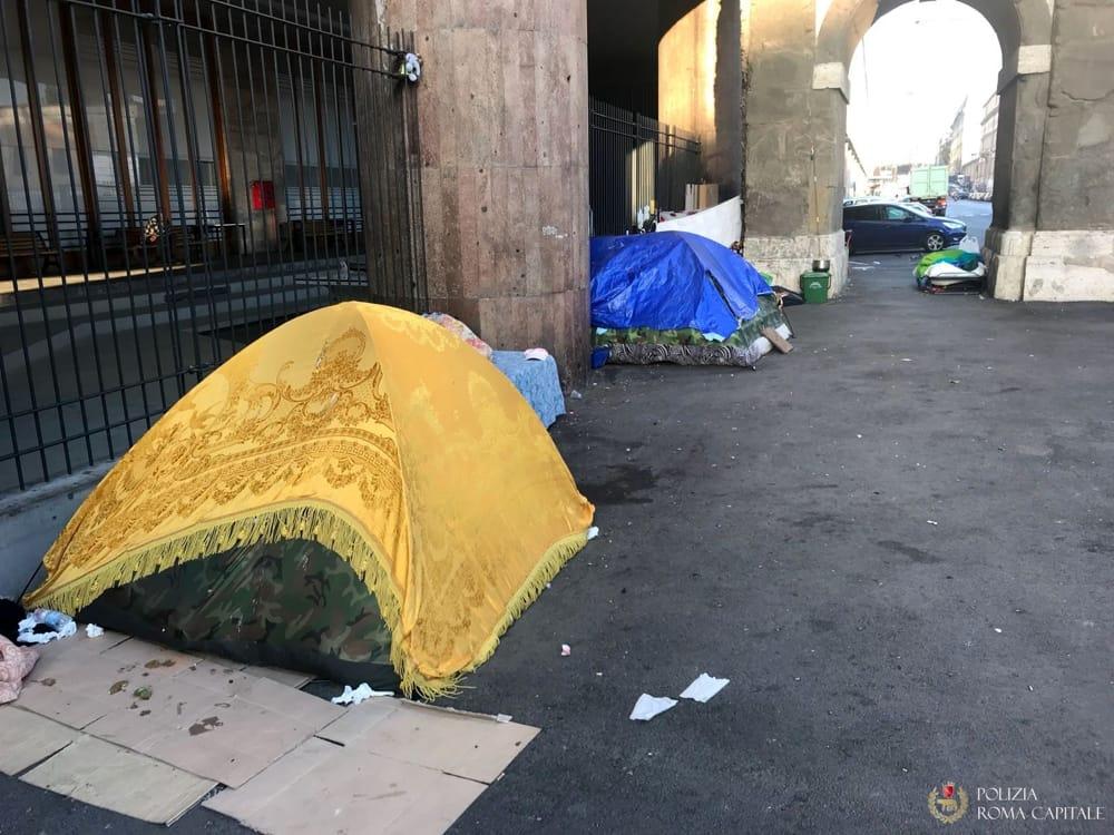 Tassisti solidali a Roma: raccolta di coperte e abiti invernali per i senza fissa dimora