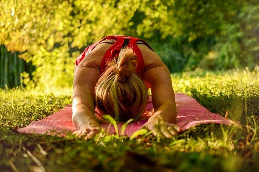 Yoga Week, lezione di yoga all'aperto a Castel Sant'Angelo