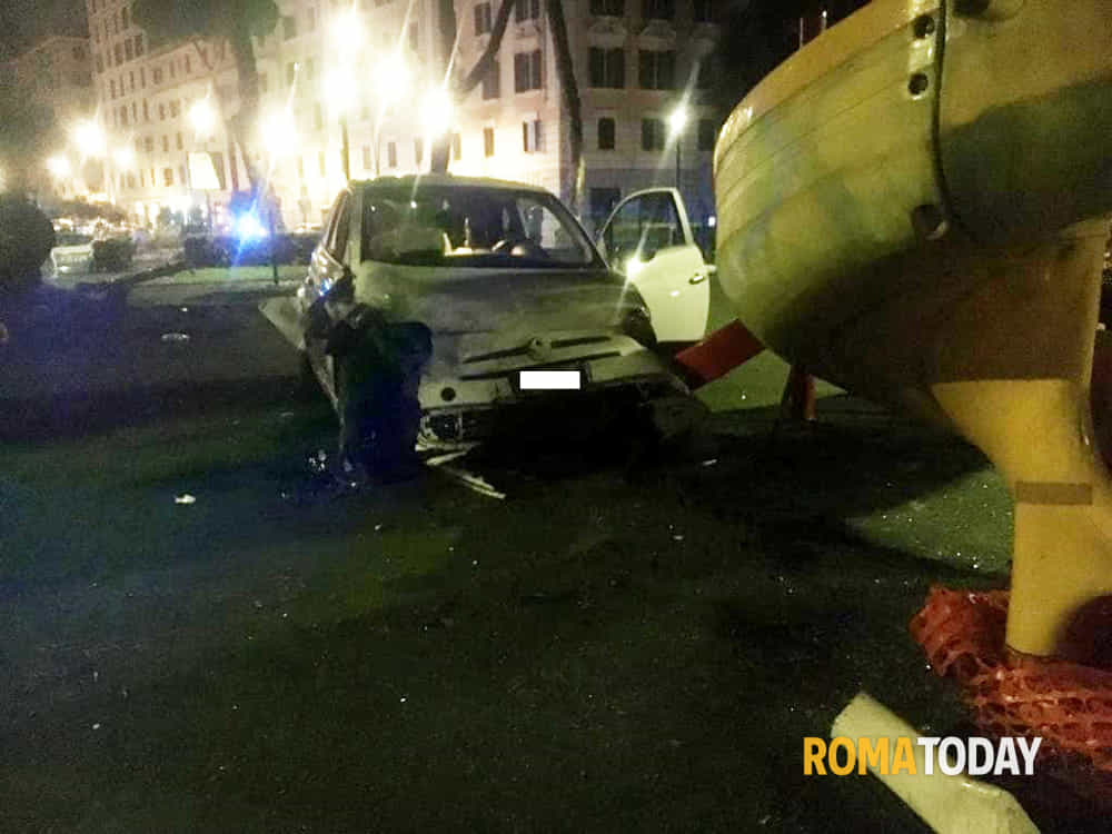 Incidente piazza Re di Roma 16.10.19 2-2
