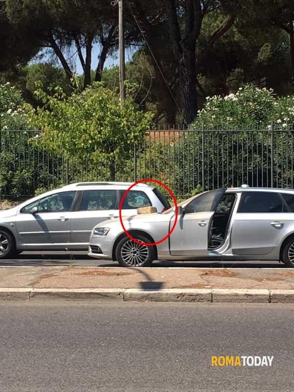 Olimpica lancia blocco di tufo su auto in via leone xiii for Via leone xiii roma