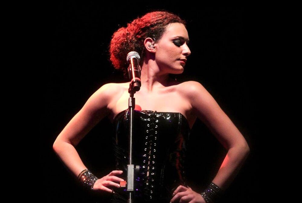 Simona Sciacca in concerto al Confusione Fest