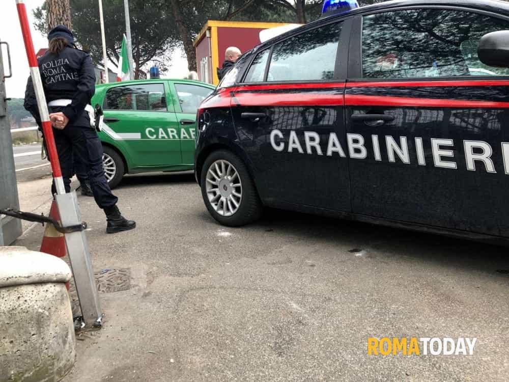 Carabinieri e vigili-2