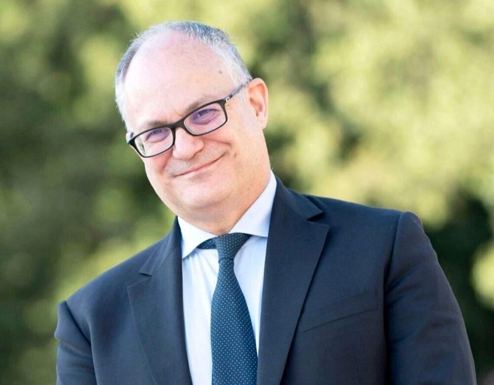 """Roberto Gualtieri si candida: """"Mi metto a disposizione di Roma, con umiltà e orgoglio"""""""