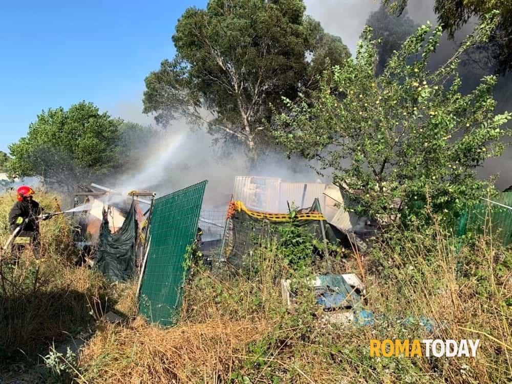 Incendio  via Padre Antonio Casamassa-2