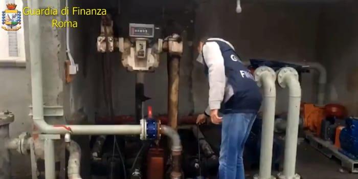 Contrabbando carburante pompe bianche 1